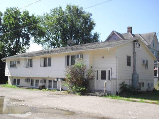 709 W 3rd Street, Waterloo, IA 50701 (MLS #20200439) :: Amy Wienands Real Estate