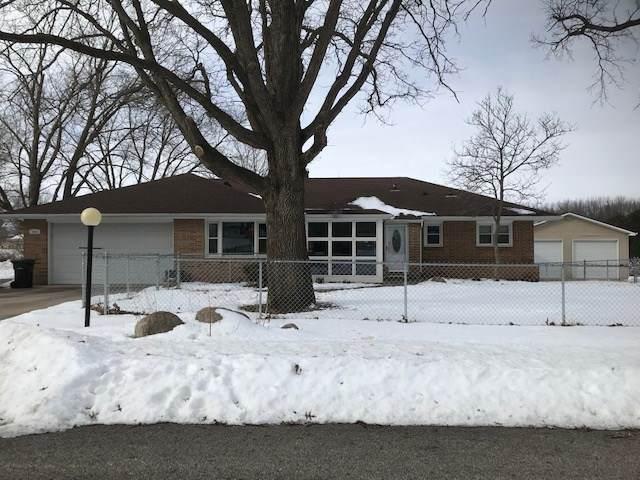 1921 Brookside, Cedar Falls, IA 50613 (MLS #20200519) :: Amy Wienands Real Estate