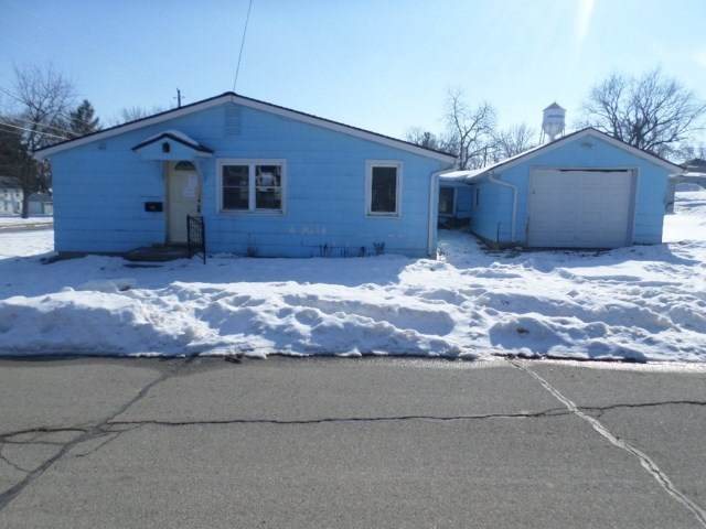 615 NE 5th Street, Independence, IA 50644 (MLS #20200605) :: Amy Wienands Real Estate