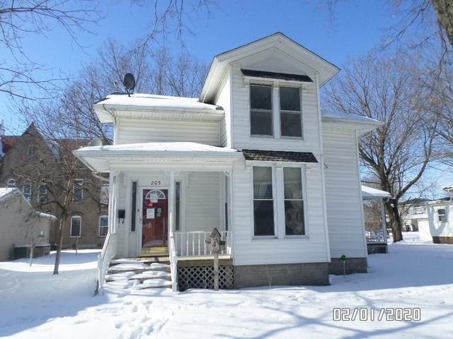 205 NE 3rd Avenue, Independence, IA 50644 (MLS #20200670) :: Amy Wienands Real Estate