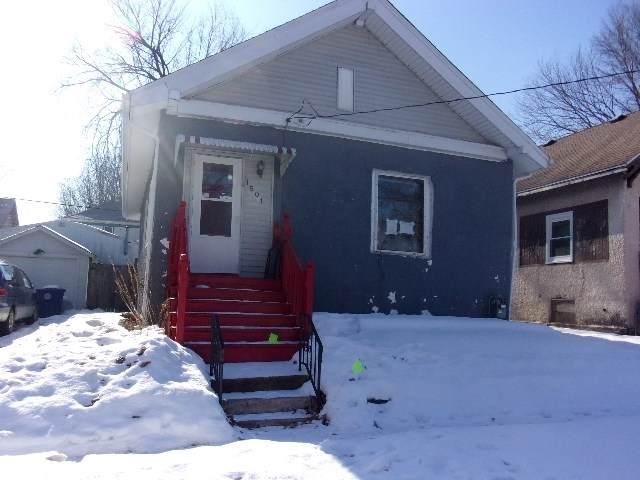 1501 W 2 Nd, Waterloo, IA 50701 (MLS #20200676) :: Amy Wienands Real Estate
