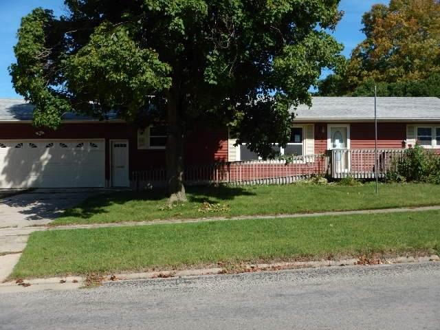 617 SE 2nd Street, Oelwein, IA 50662 (MLS #20201450) :: Amy Wienands Real Estate