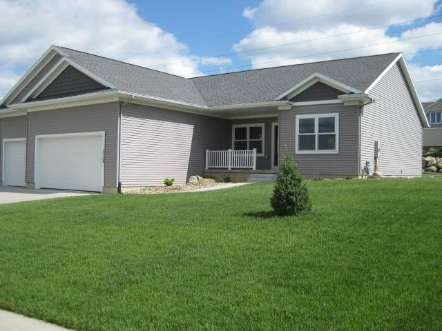 3124 Apollo, Cedar Falls, IA 50613 (MLS #20202828) :: Amy Wienands Real Estate