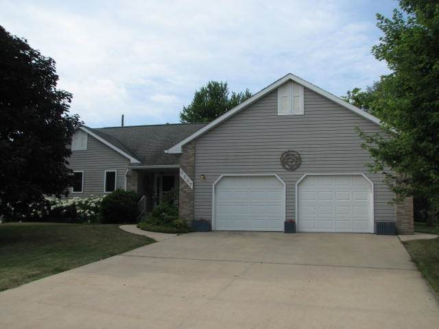 1207 NE 6th Street, Independence, IA 50644 (MLS #20203396) :: Amy Wienands Real Estate