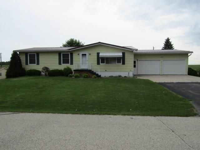 406 N Roosevelt St, Garnavillo, IA 52049 (MLS #20203586) :: Amy Wienands Real Estate