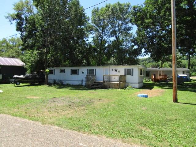 451 River View Rd, Guttenberg, IA 52052 (MLS #20203644) :: Amy Wienands Real Estate