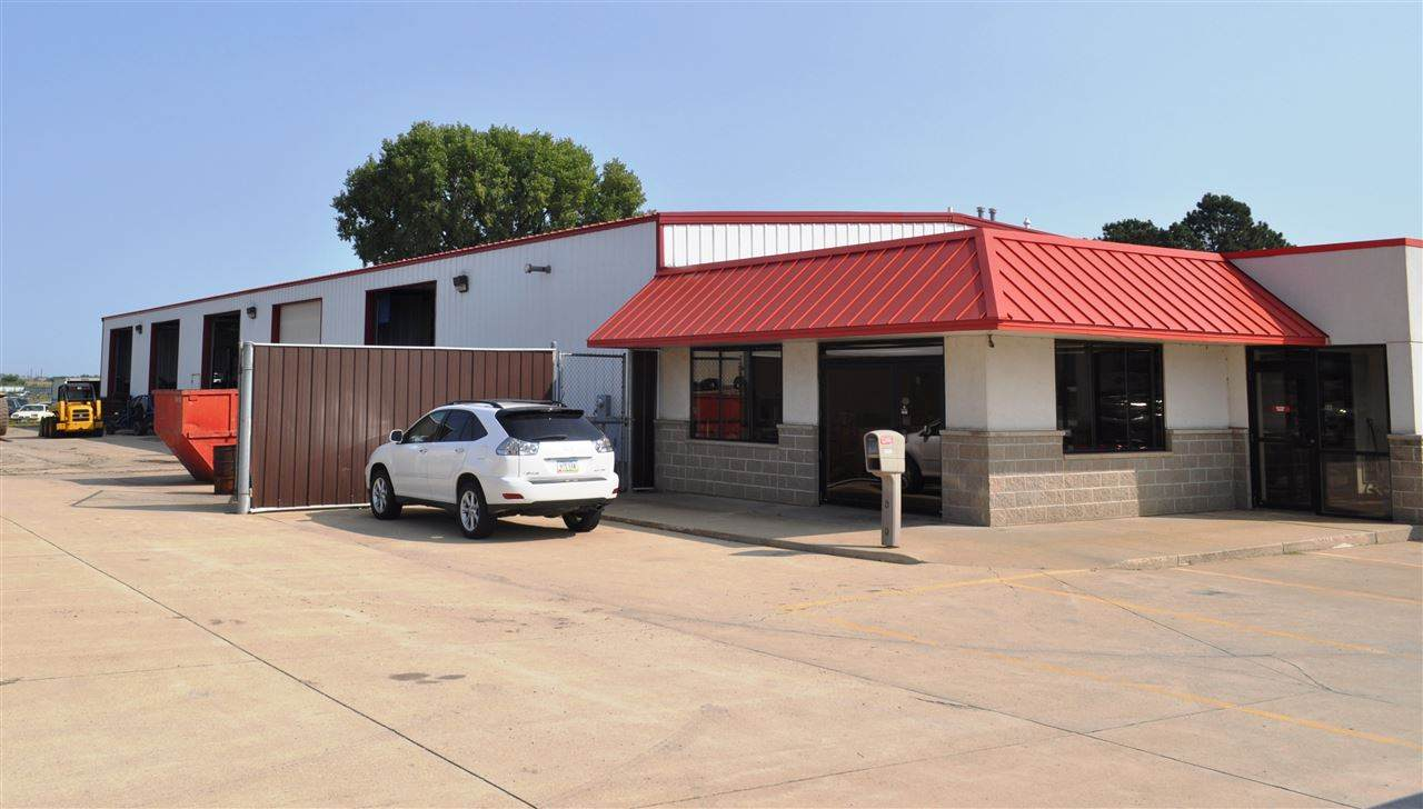 1420 Airline Highway - Photo 1