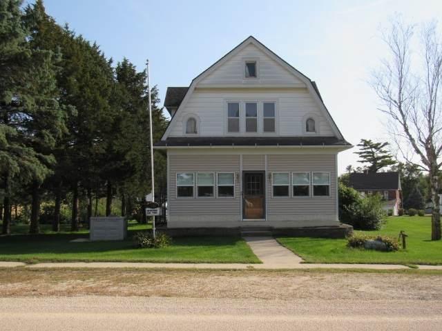 112 Culver Road Ne, Hopkinton, IA 52237 (MLS #20204908) :: Amy Wienands Real Estate