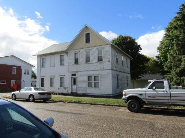 230 S 1st Street, Guttenberg, IA 52052 (MLS #20204989) :: Amy Wienands Real Estate