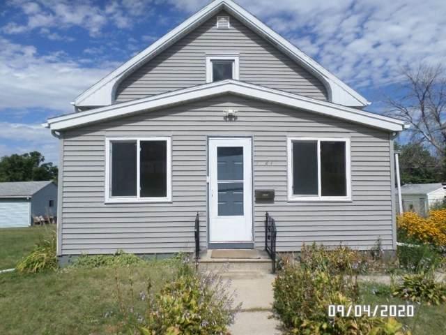 1521 Hawthorne Avenue, Waterloo, IA 50702 (MLS #20205070) :: Amy Wienands Real Estate