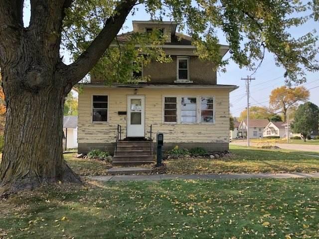16 N Sherman Avenue, New Hampton, IA 50659 (MLS #20205202) :: Amy Wienands Real Estate