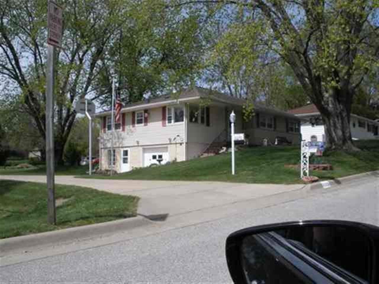 115 Amity Drive - Photo 1