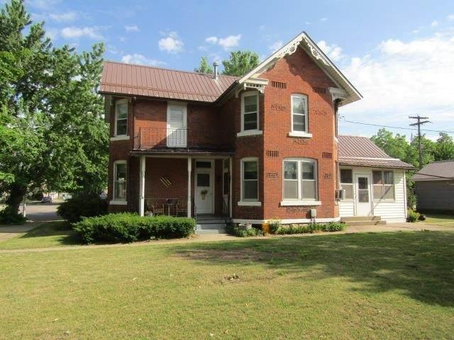 103 S 1st Street, Guttenberg, IA 52052 (MLS #20212508) :: Amy Wienands Real Estate