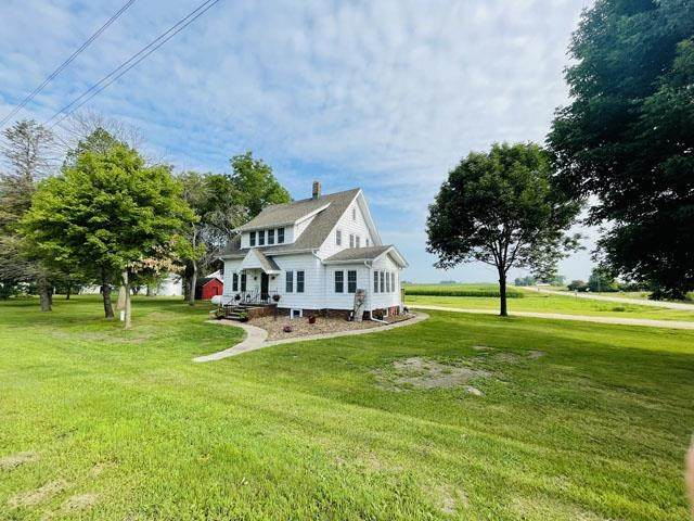 1795 190th Street, Waverly, IA 50677 (MLS #20213335) :: Amy Wienands Real Estate