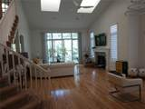 1810 Country Club Dr - Photo 4