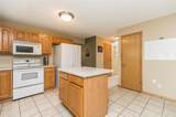 1013 Chesterfield Road - Photo 11