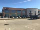 3900 Fountains Boulevard - Photo 3