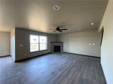 1007 Creekside Drive - Photo 7