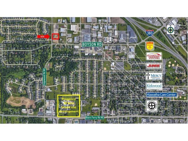 875 Edgewood Road, Hiawatha, IA 52233 (MLS #1706151) :: The Graf Home Selling Team