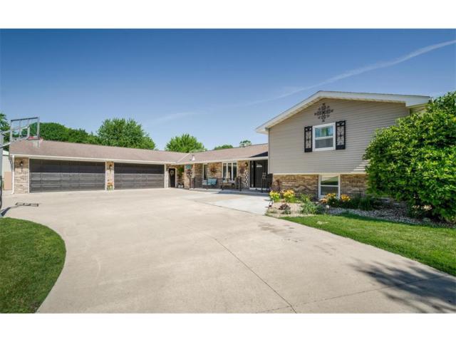 6904 Williams Boulevard, Fairfax, IA 52228 (MLS #1706406) :: The Graf Home Selling Team