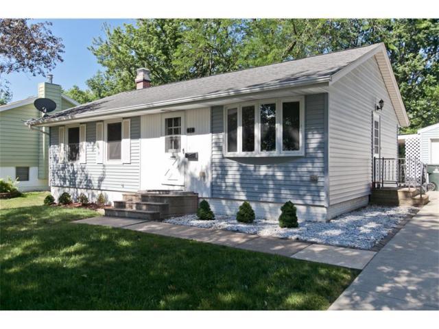 72 Fleetwood Road NW, Cedar Rapids, IA 52405 (MLS #1706417) :: The Graf Home Selling Team