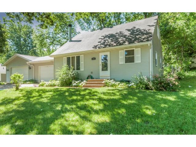 1703 E Avenue NW, Cedar Rapids, IA 52405 (MLS #1706426) :: The Graf Home Selling Team