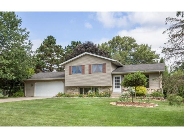 3244 Lake View Drive NE, Solon, IA 52333 (MLS #1707692) :: The Graf Home Selling Team