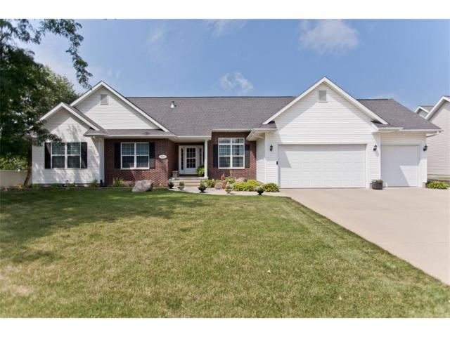 4025 Forest View Court NE, Cedar Rapids, IA 52411 (MLS #1707723) :: The Graf Home Selling Team
