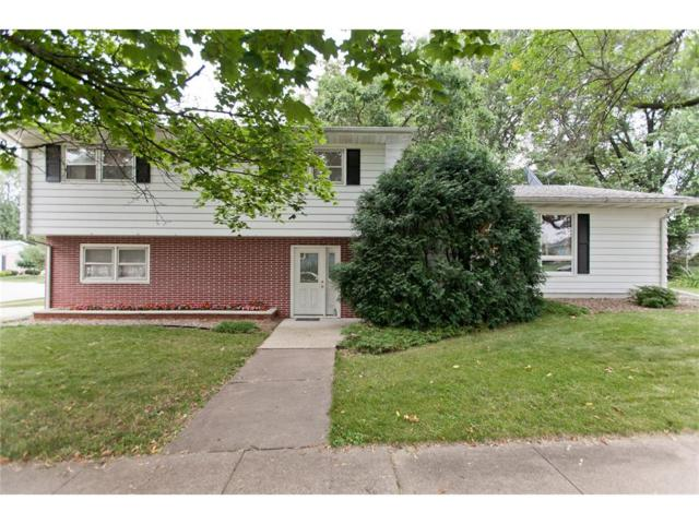 1895 16th Street, Marion, IA 52302 (MLS #1707800) :: The Graf Home Selling Team