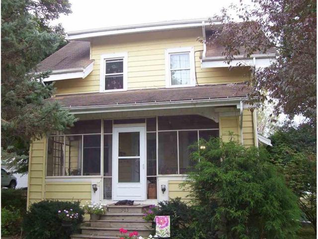 303 E 5th Street NE, Solon, IA 52333 (MLS #1708692) :: The Graf Home Selling Team