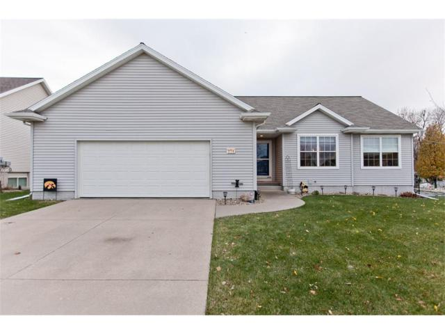 3114 27th Street Court SW, Cedar Rapids, IA 52404 (MLS #1710084) :: The Graf Home Selling Team