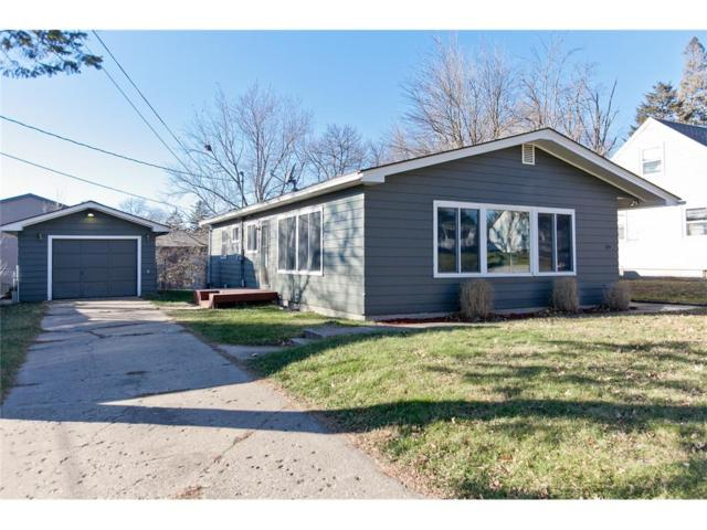 1125 28th Street SE, Cedar Rapids, IA 52403 (MLS #1710196) :: The Graf Home Selling Team