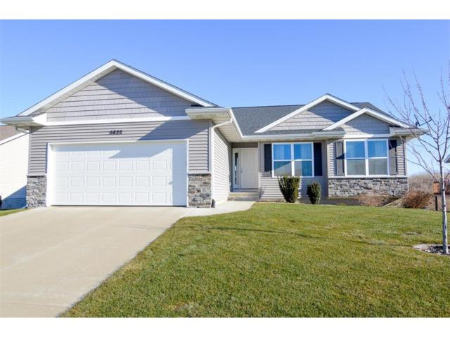 5825 Hamm Drive, Marion, IA 52302 (MLS #1710208) :: The Graf Home Selling Team