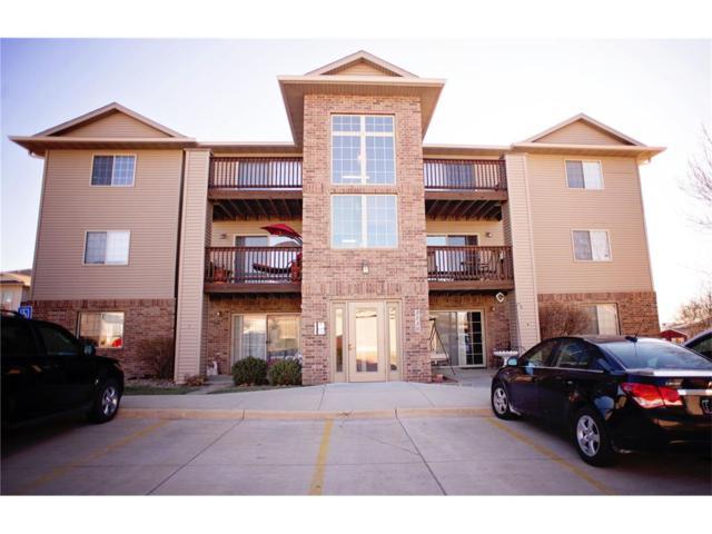 3130 Wilson Avenue SW #1, Cedar Rapids, IA 52404 (MLS #1710212) :: The Graf Home Selling Team