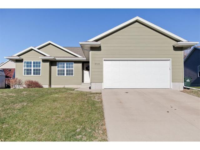 2814 Dennis Drive NW, Cedar Rapids, IA 52405 (MLS #1710222) :: The Graf Home Selling Team