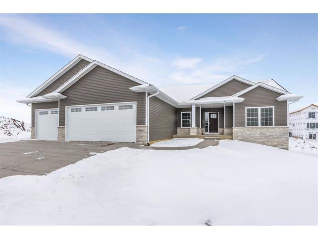 1426 Cardinal Drive, Fairfax, IA 52228 (MLS #1800767) :: The Graf Home Selling Team
