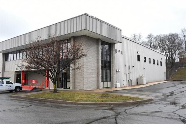 240 33rd Avenue SW B, Cedar Rapids, IA 52404 (MLS #1802218) :: WHY USA Eastern Iowa Realty