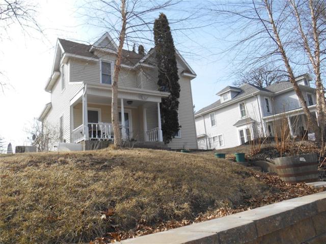 216 N Huber Street, Anamosa, IA 52205 (MLS #1802381) :: The Graf Home Selling Team