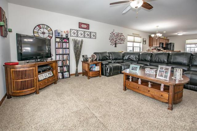 1006 8th Street NW, Cedar Rapids, IA 52405 (MLS #1802478) :: WHY USA Eastern Iowa Realty