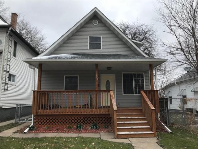 1208 B Avenue NW, Cedar Rapids, IA 52405 (MLS #1802498) :: WHY USA Eastern Iowa Realty