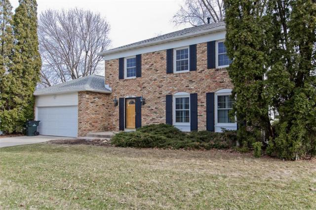 221 Brentwood Drive NE, Cedar Rapids, IA 52402 (MLS #1802590) :: The Graf Home Selling Team