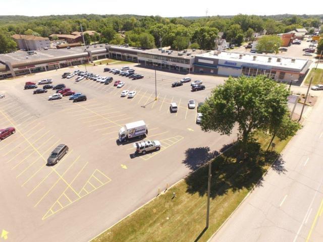 3611 1st Avenue SE, Cedar Rapids, IA 52401 (MLS #1802732) :: The Graf Home Selling Team