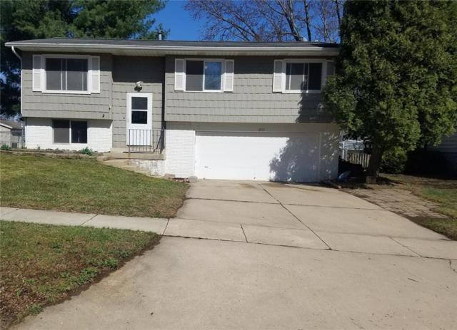 2931 5th Street, Marion, IA 52302 (MLS #1802794) :: The Graf Home Selling Team