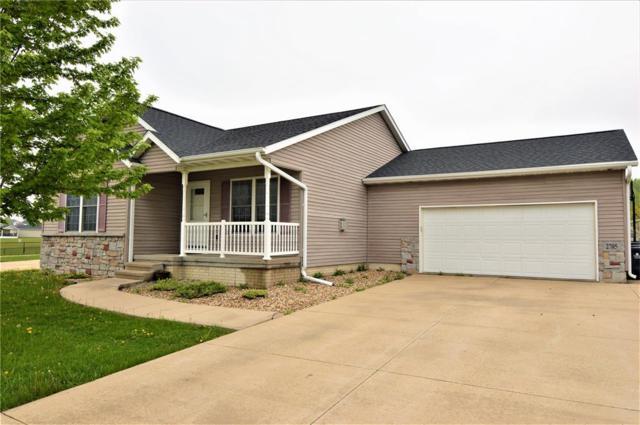 2705 Bryant Boulevard SW, Cedar Rapids, IA 52404 (MLS #1803327) :: WHY USA Eastern Iowa Realty