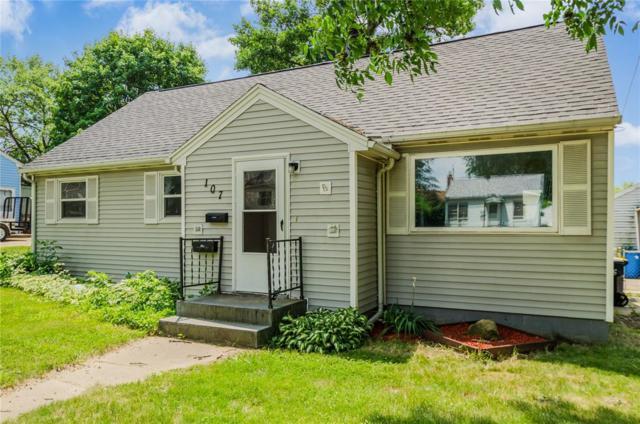 107 Fisher Street, Hiawatha, IA 52233 (MLS #1803982) :: WHY USA Eastern Iowa Realty