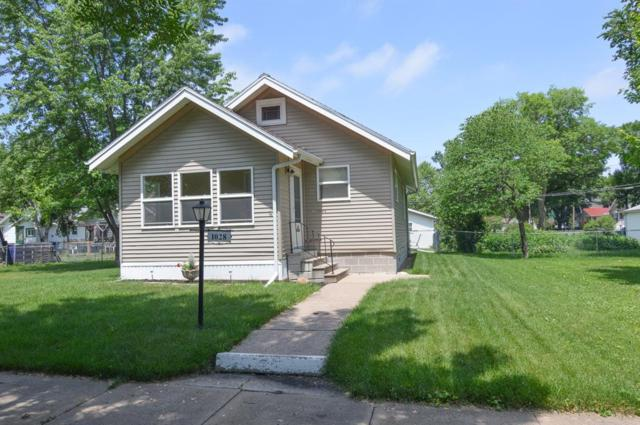 1028 H Avenue NW, Cedar Rapids, IA 52405 (MLS #1804106) :: The Graf Home Selling Team