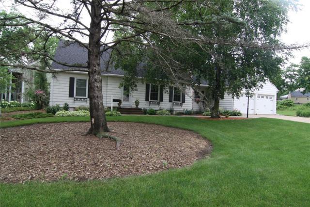 106 Glenbrook Drive SE, Cedar Rapids, IA 52403 (MLS #1804341) :: WHY USA Eastern Iowa Realty
