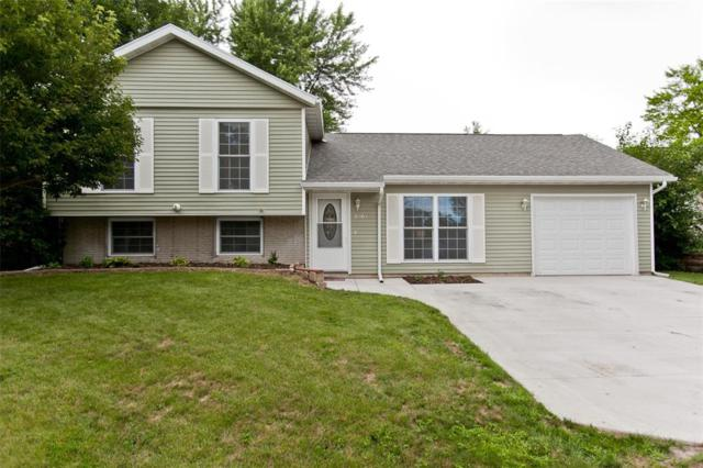 3804 Pine Wood Drive NE, Cedar Rapids, IA 52402 (MLS #1804404) :: WHY USA Eastern Iowa Realty