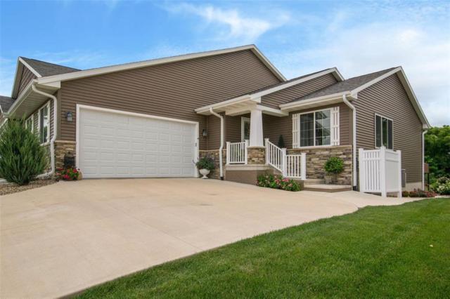 2225 Heritage Green Drive, Hiawatha, IA 52233 (MLS #1804618) :: The Graf Home Selling Team