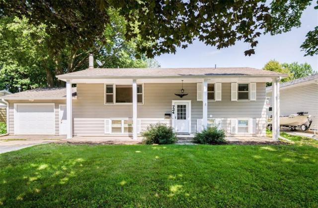 724 4th Avenue NW, Mt Vernon, IA 52314 (MLS #1804836) :: WHY USA Eastern Iowa Realty